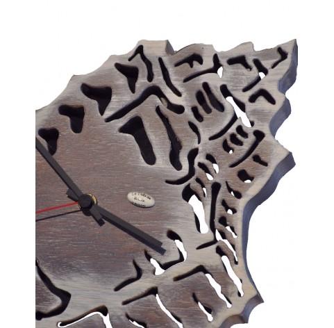 Hand made wall clock on Shell shape