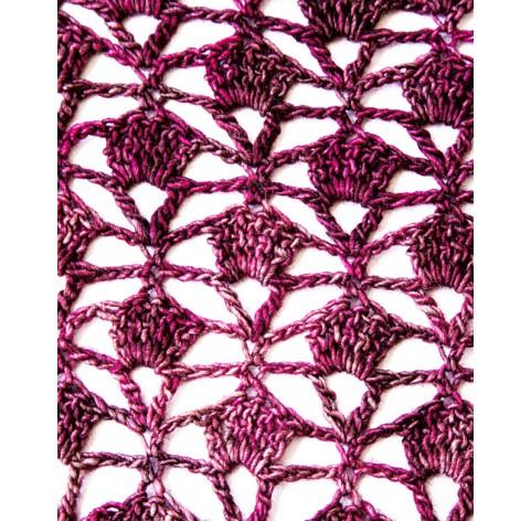 handmade crochet Shawl on Silk 51% and Merinos Wool 49% MARES